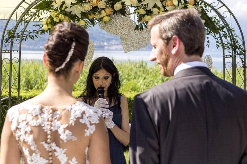 celebrante matrimonio simbolico Lago Maggiore