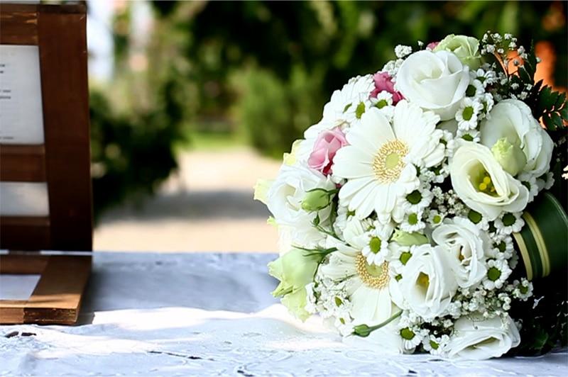 celebrante matrimonio simbolico Lago d'Orta