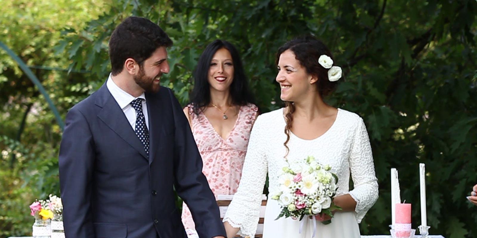 Matrimonio Simbolico Chi Lo Celebra : Cerimonia di matrimonio simbolico con rito personalizzato