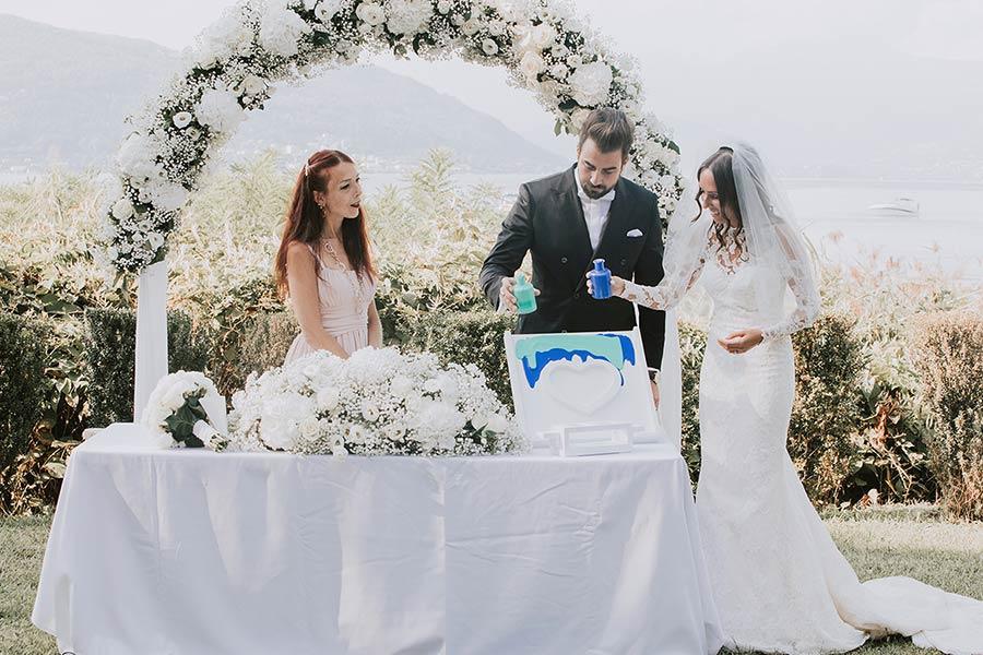 Rito della sabbia - celebrante matrimonio simbolico Lago di Como